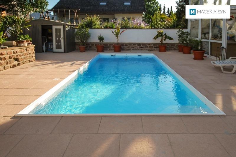 Schwimmbecken 3,2 x 7 x 1,5m, Offstein, Rheinland-Pfalz, Deustchland, Realisierung 2014