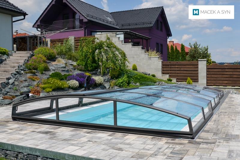 überdachung Azure Angle 3,5x6,4x0,61m Těmice, Czechia, Realisierung 2018