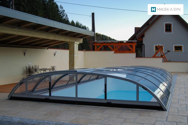 überdachung Elegant NEO 4,75 x 8,5 x 1m, Silberfarbe, Voitsberg, Steiermark, Österreich, Realisierung 2010